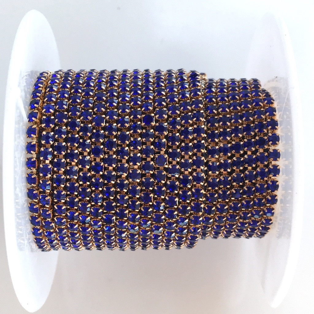 Стразовая цепь ss6 (2 мм). Синий. Оправа - Розовое золото