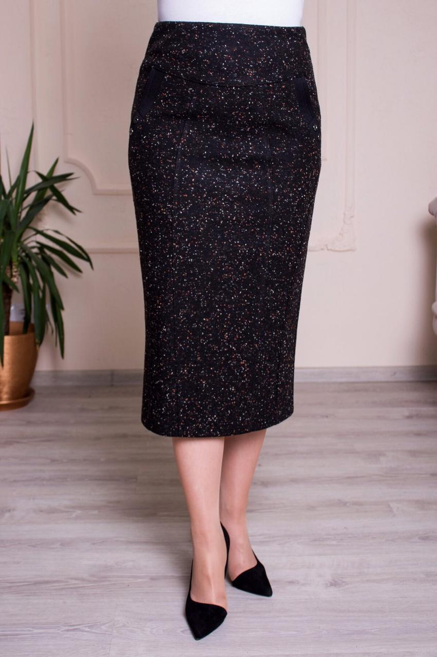 Прямая трикотажная юбка черная батал