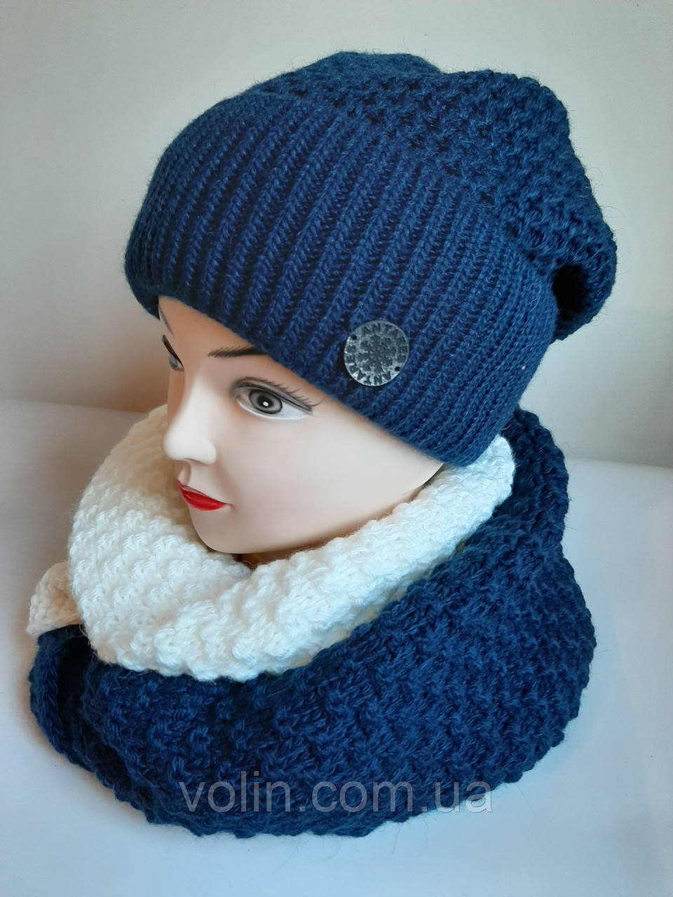 Зимние женские комплекты шапка и снуд.