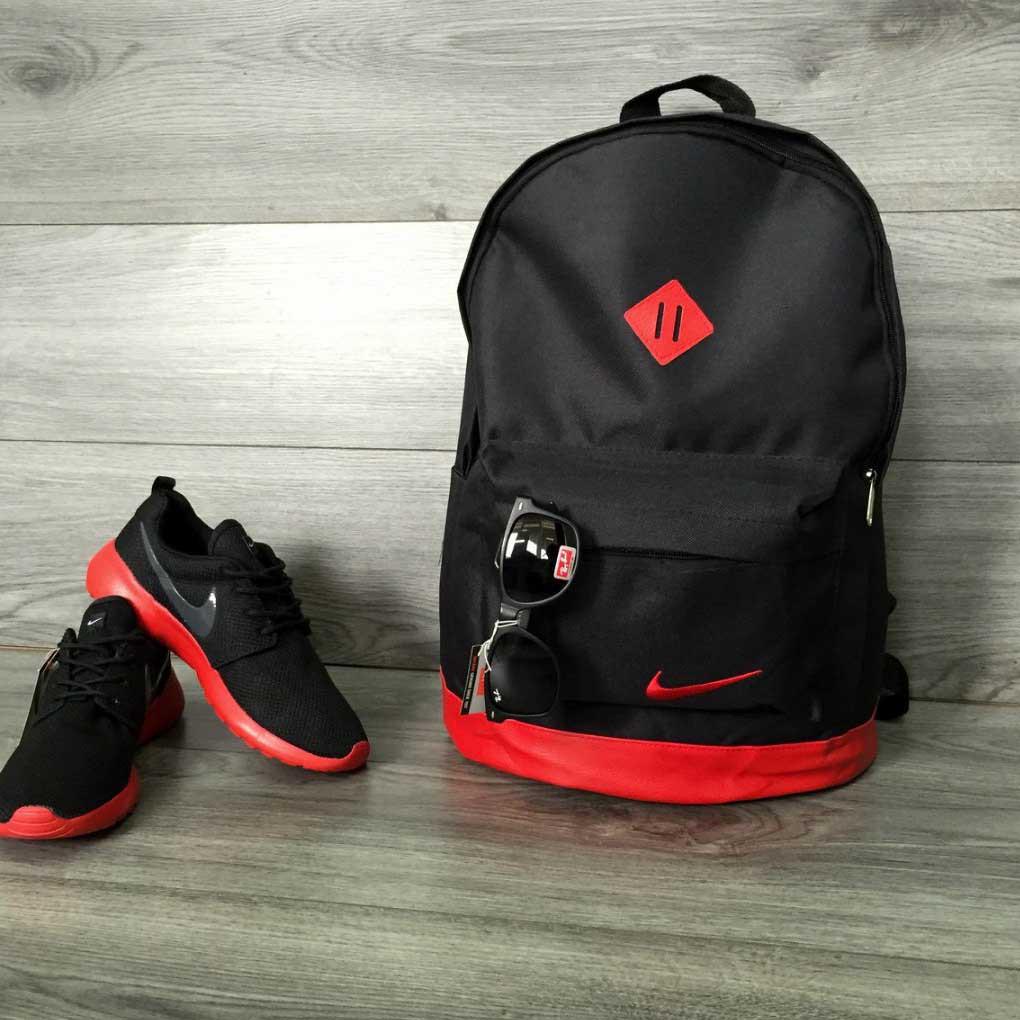 Рюкзак міський Nike (Найк) шкіряне дно, спортивний. Чорний з червоним вставками. Молодіжний, стильний.