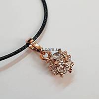 Кулон металлический, 11*8*8 мм, из медицинской стали, подвеска, украшение, медальон, с белыми стразами