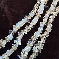 Лунный камень натуральный бусины ширина 4-10 мм, длина нитки 43 см, крошка, натуральные камни, прозрачно-голубой