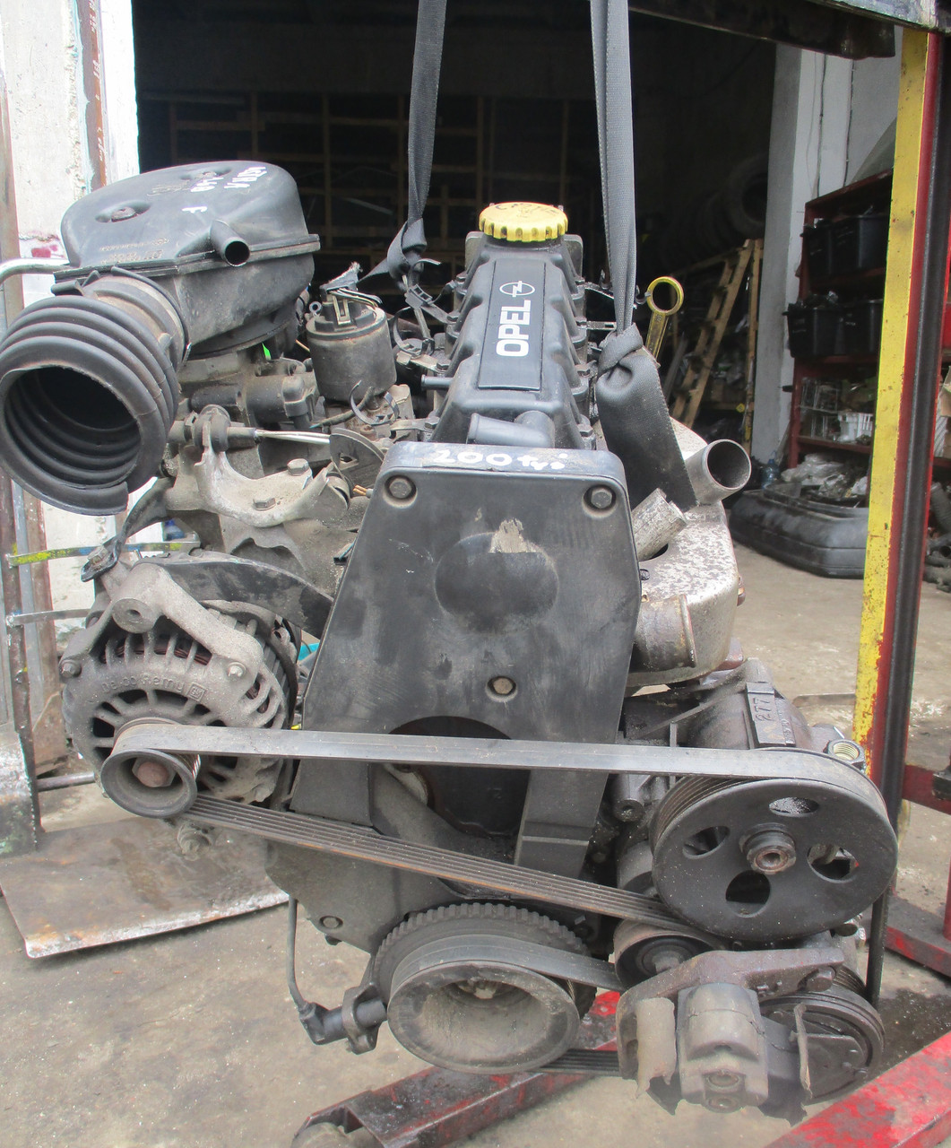 Б/У Двигатель Opel Astra G Kadett Vectra B 1.6 8V X16SZR