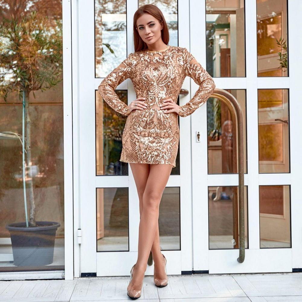 Женское платье с пайетками золото