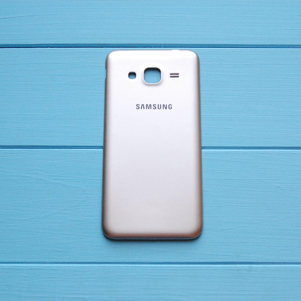 Задняя панель корпуса Samsung J300 Galaxy J3 Золотая