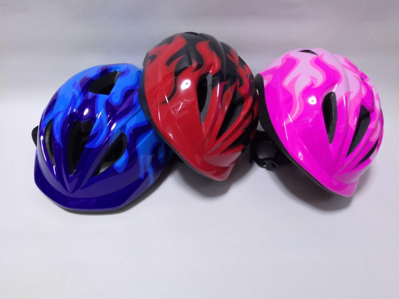 Защитный шлем для детей регулируемый объем 50-56 см