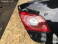 Левый  стоп сигнал крышки багажника Volkswagen Passat CC