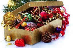 Новогодние игрушки и товары