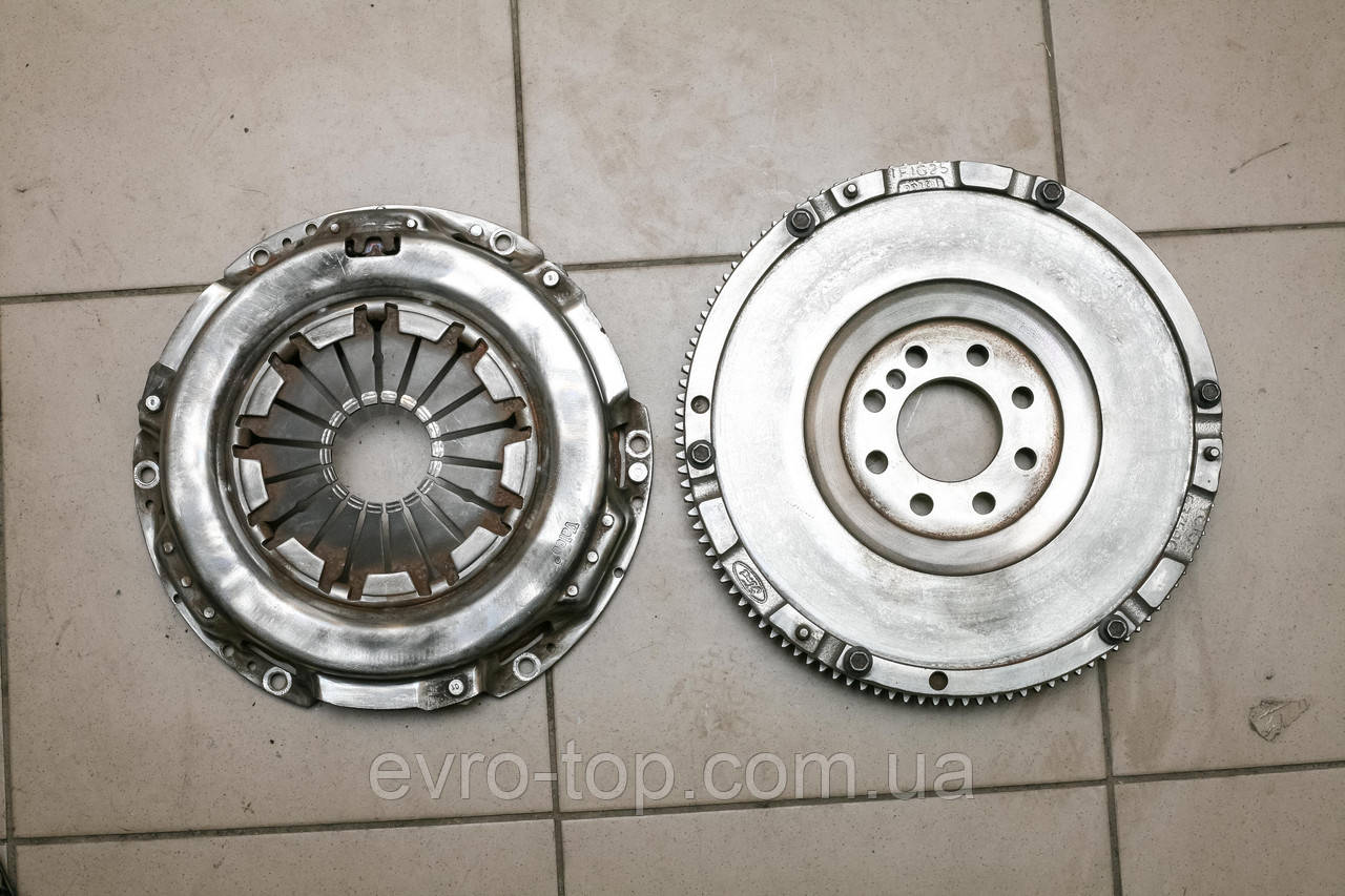 Комплект корзина сцепления и маховик двигателя D=250 б/у на Ford Transit 2.0D 2.4D TD 2000-2006 6375SQ