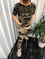 Мужской спортивный костюм с капюшоном камуфляжный модель 3