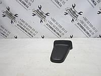 Передняя правая накладка на салазку сидения Toyota land cruiser 200 (71629-60380)