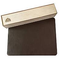 Настольное покрытие VDAR из натуральной кожи в подарочной упаковке 380x580 мм Коричневое (V202)