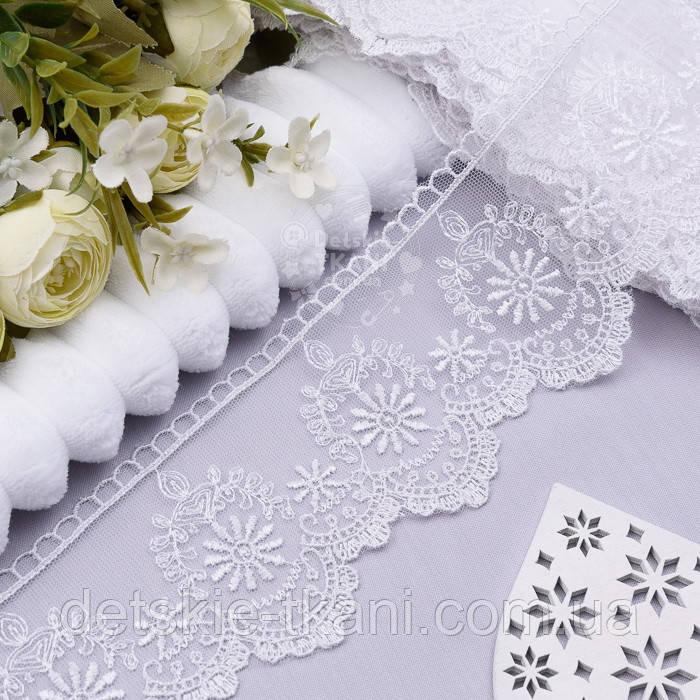 Кружево с вышивкой шёлковой нитью по одному краю, цвет белый, ширина 7 см