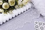 Кружево с вышивкой шёлковой нитью по одному краю, цвет белый, ширина 7 см, фото 2