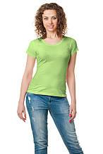 Женская классического кроя футболка, по фигуре, однотонная, фисташковая