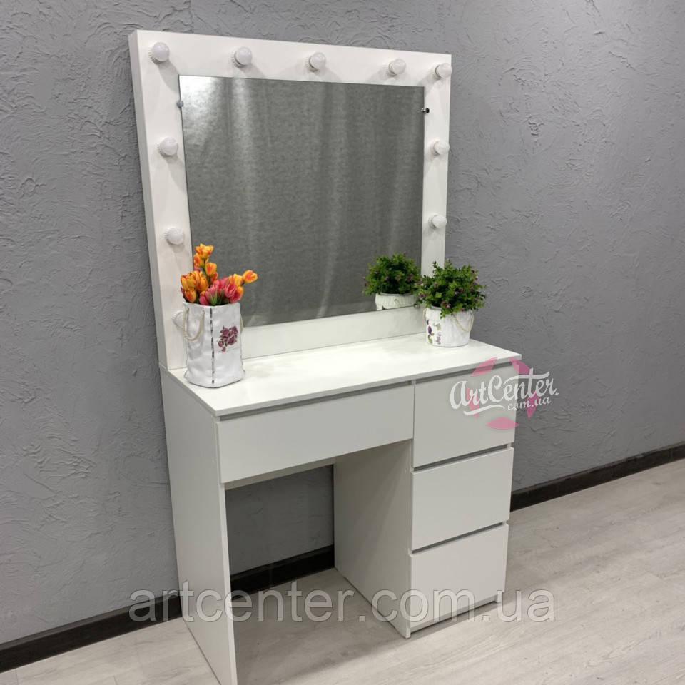 Туалетный столик с удобными выдвижными ящиками (на доводчиках)