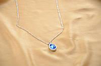 Маленькая женская подвеска с синим камнем