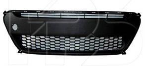 Решетка в бампере Киа Пиканто 11-14 средн. черн. / KIA PICANTO (2011-)