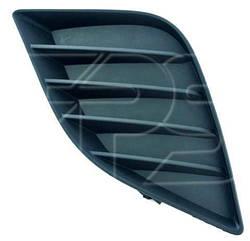 Левая решетка в бампере Тойота Королла E17 без отв. п/тум. / TOYOTA COROLLA E17 (2013-)