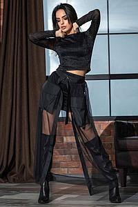Стильный женский костюм с люрексом на Новый год