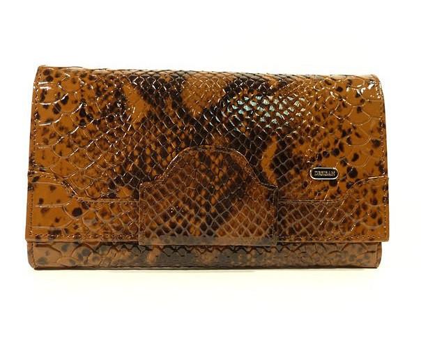 Кошелек кожаный женский коричневый лаковый Desisan 128-409