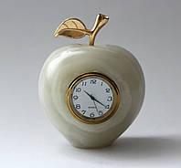 Часы -яблоко из оникса (10 см)