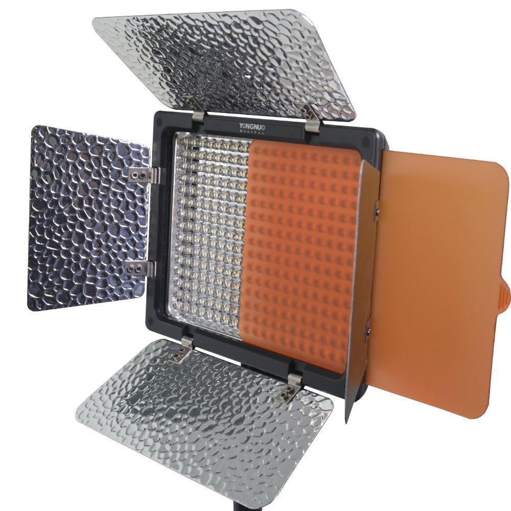 Аренда, прокат  LED света YONGNUO YN300 III mono-color 5500K CRI 95+ (постоянный видеосвет)