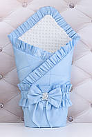 Конверт для выписки из роддома 100*80 бело-голубого цвета из сатина с декоративной строчкой и рюшей