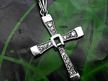 Серебряный крест с камнями