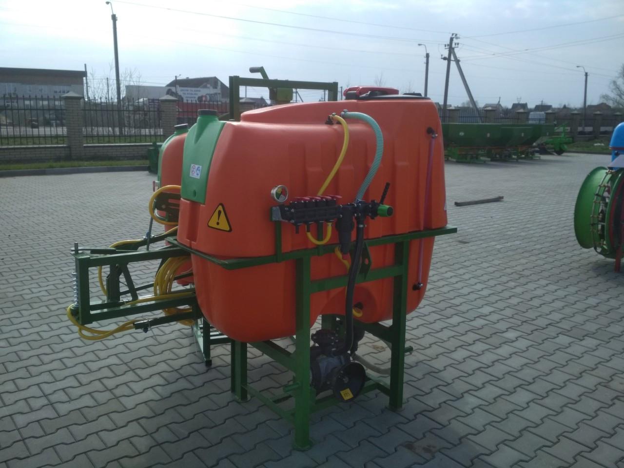 Обприскувач тракторний польовий ОГН-600/14 (Україна-Польща)