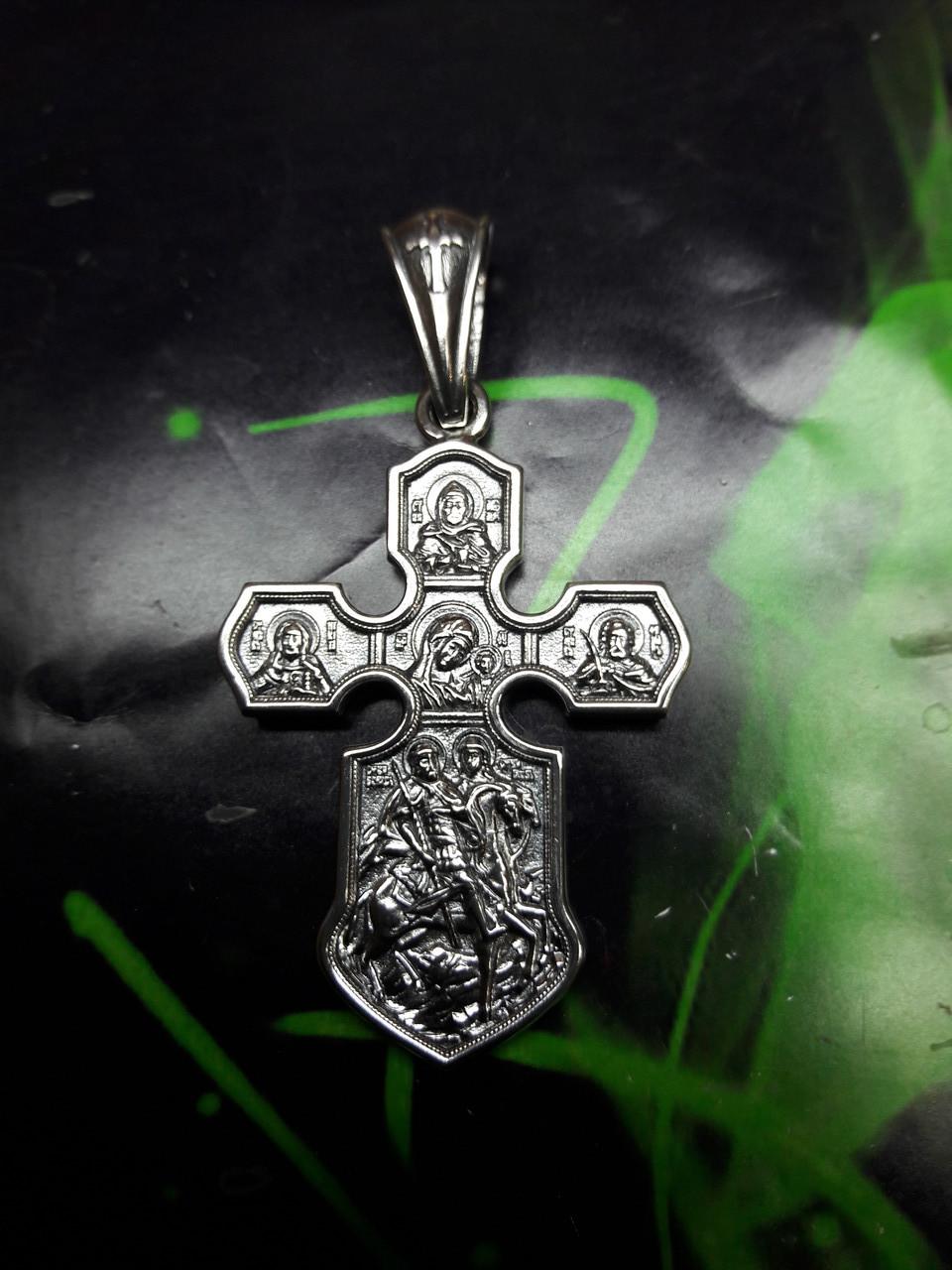 Серебряный крестик