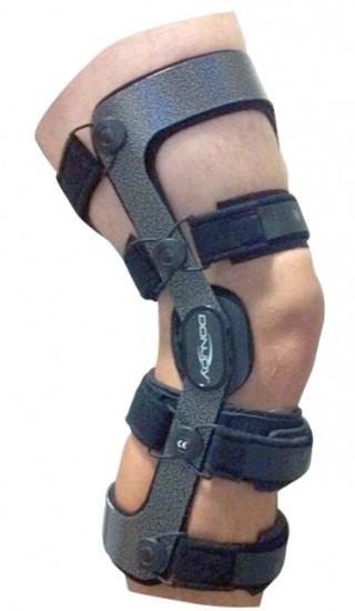 DONJOY ARMOR ACTION CI, брейс колінного суглобу колір чорний, модель 11-1029