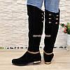 Ботфорты замшевые черные женские, декорированы цепью, фото 2