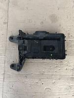 Корпус під акумулятор Volkswagen Golf 5
