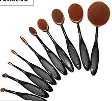 Набір овальних кистей для макіяжу