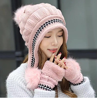 Теплый  комплект  перчатки и шапка