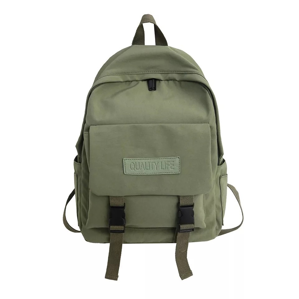 Рюкзак для  подростка однотонный хаки с водонепроницаемой пропиткой.