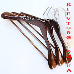 Тремпель вешалка плечики деревянные для верхней одежды в шкаф LUX лакированные, 45 см