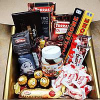 """Вкусный конфетный подарочный набор """"Для сладкоежек"""""""