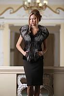 Жилет из финской длинношерстной чернобурки SAGA Furs и черного мутона, фото 1