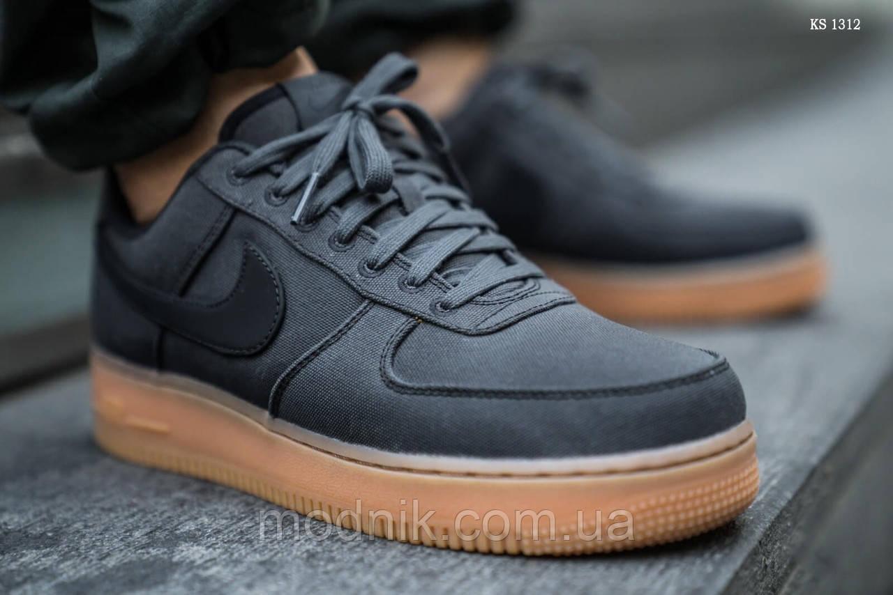 Мужские кроссовки Nike Air Force 1 07 LV8 (серые)