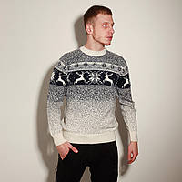 Мужской свитер с оленями белый