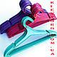 Вешалки плечики для верхней одежды пластиковые разноцветные, фото 3