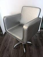Парикмахерское кресло гидравлика Польша для салона красоты JUSTINE