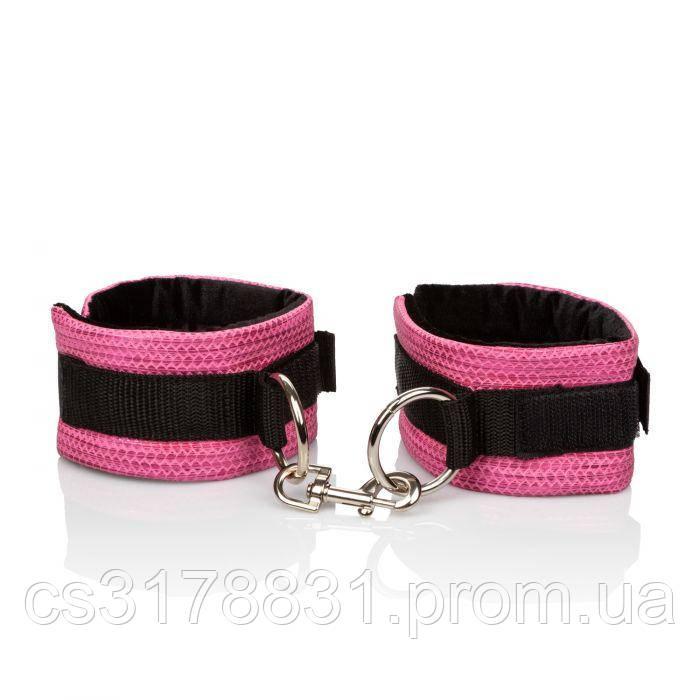 CalExotics Tickle Me Pink Universal Cuffs - универсальные дизайнерские наручники
