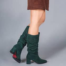 Замшевые зеленые женские сапоги-гармошки на среднем каблуке. Натуральная замша. Зима, деми.