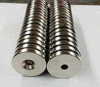 Диск 30х4,5 мм, отверстие 5 мм Сцепление ≈ 10 кг 2 шт.