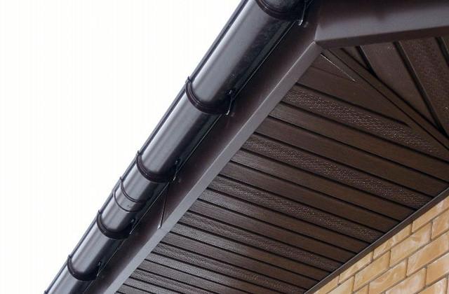Софит, подшивка крыши RainWay