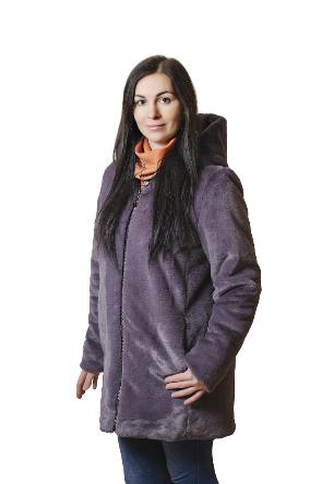 Зимова жіноча шубка з штучного хутра