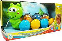 Іграшка на колесах BeBeLino Гусениця з кульками (58026)